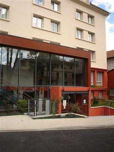 Hotel Campanile Lourdes  U00e0 Lourdes Compar U00e9 Dans 1 Agence