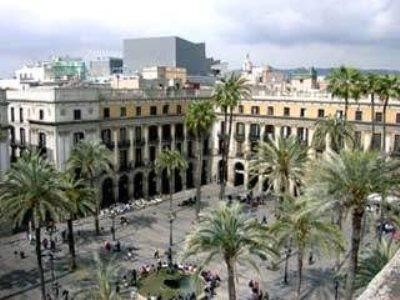 Hotel roma reial barcelone compar dans 4 agences for Hotel pas cher catalogne