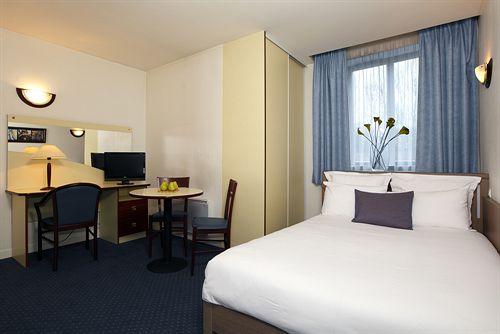 Hotel kyriad roissy villepinte parc des expositions for Appart hotel kyriad
