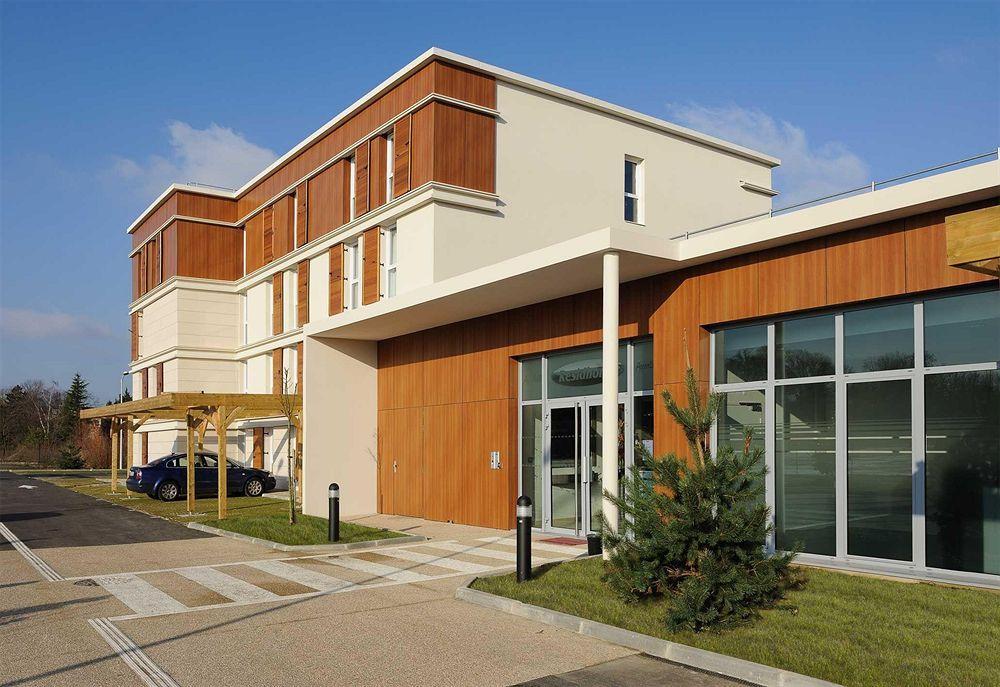Hotel appart city versailles louveciennes louveciennes for Appart hotel plaisir