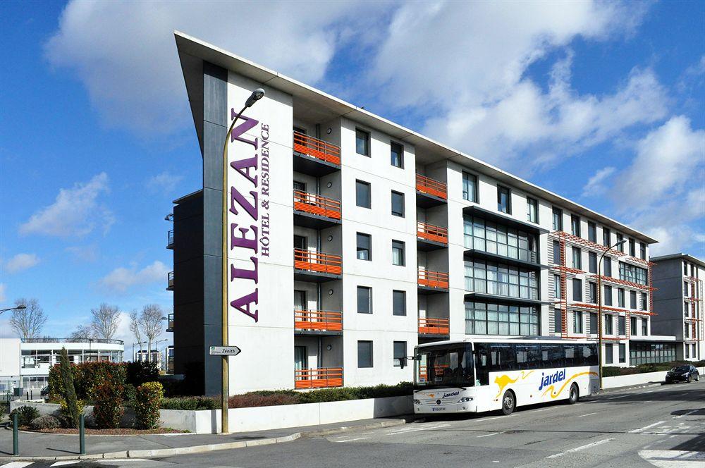 Hotel premiere classe toulouse sud portet portet sur for Toulouse portet sur garonne