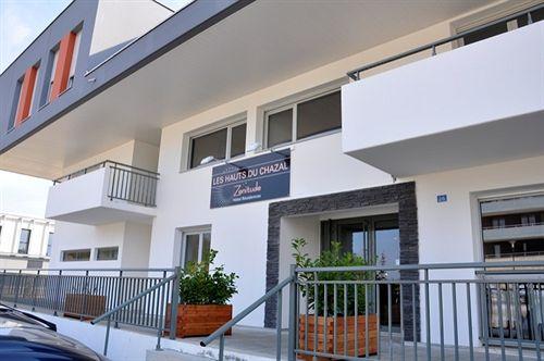 hotel residence zenitude les hauts du chazal besancon compar dans 3 agences. Black Bedroom Furniture Sets. Home Design Ideas