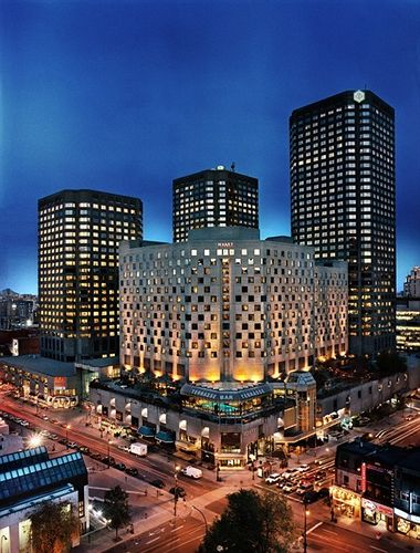 Comfort Hotel Suites Downtown Montreal Canada