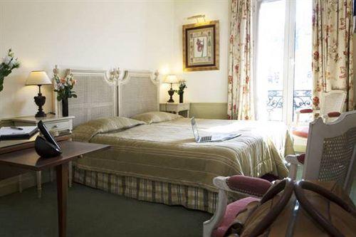 Tingis Hotel  U00e0 Paris Compar U00e9 Dans 4 Agences