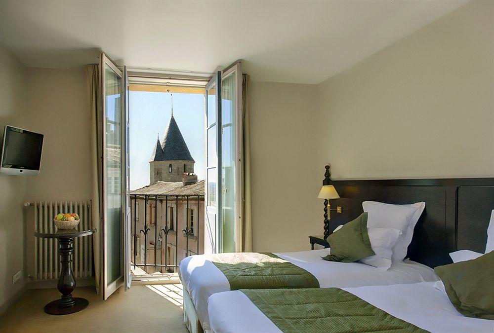 hotel les donjons les remparts carcassonne compar dans 4 agences. Black Bedroom Furniture Sets. Home Design Ideas