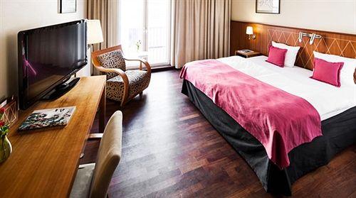 comfort hotel vesterbro copenhague compar dans 4 agences. Black Bedroom Furniture Sets. Home Design Ideas