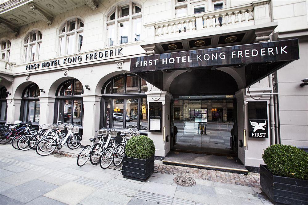 first hotel kong frederik copenhague compar dans 5 agences. Black Bedroom Furniture Sets. Home Design Ideas
