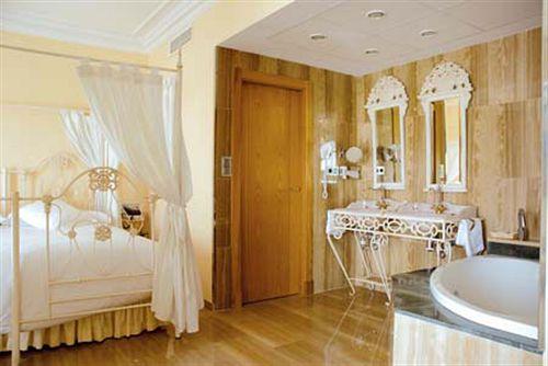 Los angeles hotel spa grenade compar dans 4 agences - Hotel los angeles granada ...