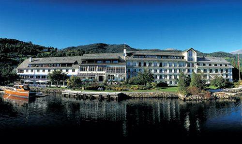 thon hotel bristol bergen bergen compar dans 3 agences. Black Bedroom Furniture Sets. Home Design Ideas