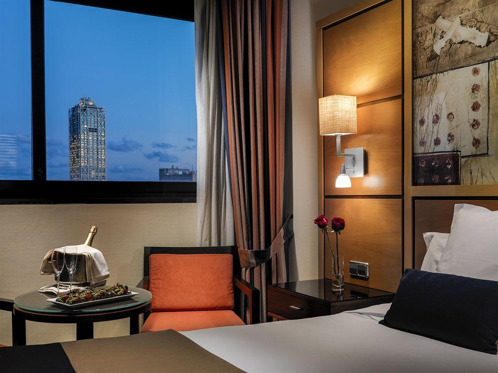 Hotel h10 marina barcelone compar dans 6 agences for Hotel pas cher catalogne