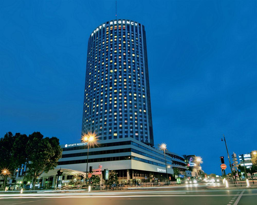 Hotel hyatt regency paris etoile paris compar dans 11 for Comparateur prix hotel paris