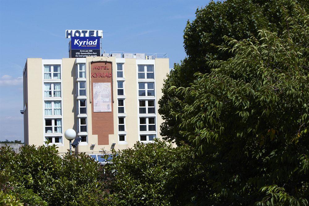 hotel kyriad paris ouest colombes colombes compar dans 4 agences. Black Bedroom Furniture Sets. Home Design Ideas