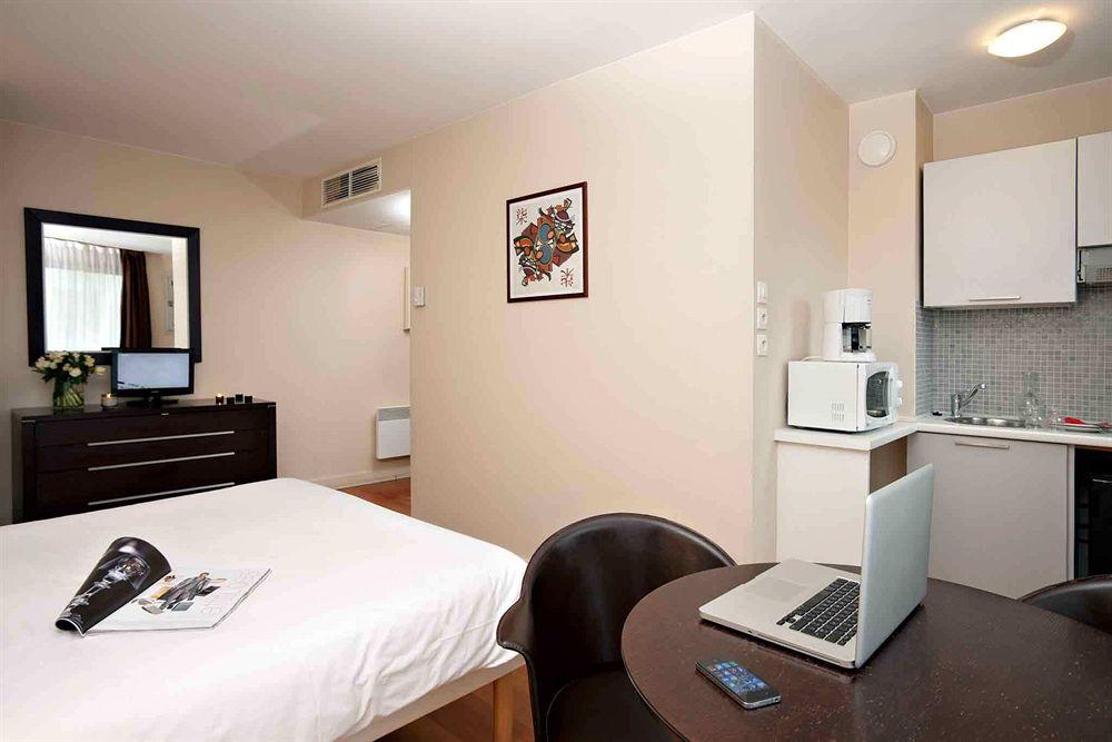 Hotel Eiffel Saint Charles  U00e0 Paris Compar U00e9 Dans 5 Agences