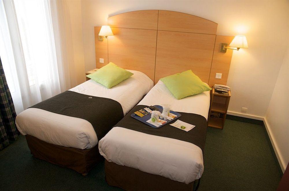 hotel campanile paris 14 maine montparnasse paris compar dans 4 agences. Black Bedroom Furniture Sets. Home Design Ideas
