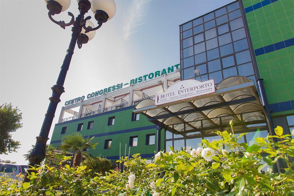 Hotel interporto rivalta de torino compar dans 4 agences for Comparateur hotel italie