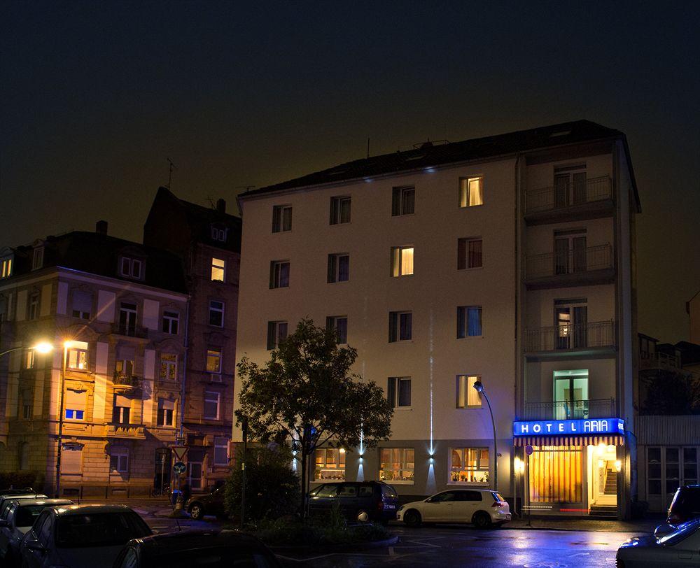 hotel amc apartments ku 39 damm berlin compar dans 1 agence. Black Bedroom Furniture Sets. Home Design Ideas