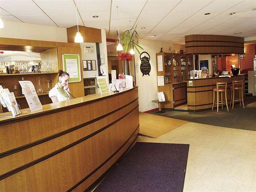 hotel kyriad prestige dijon centre dijon compar dans 4 agences. Black Bedroom Furniture Sets. Home Design Ideas