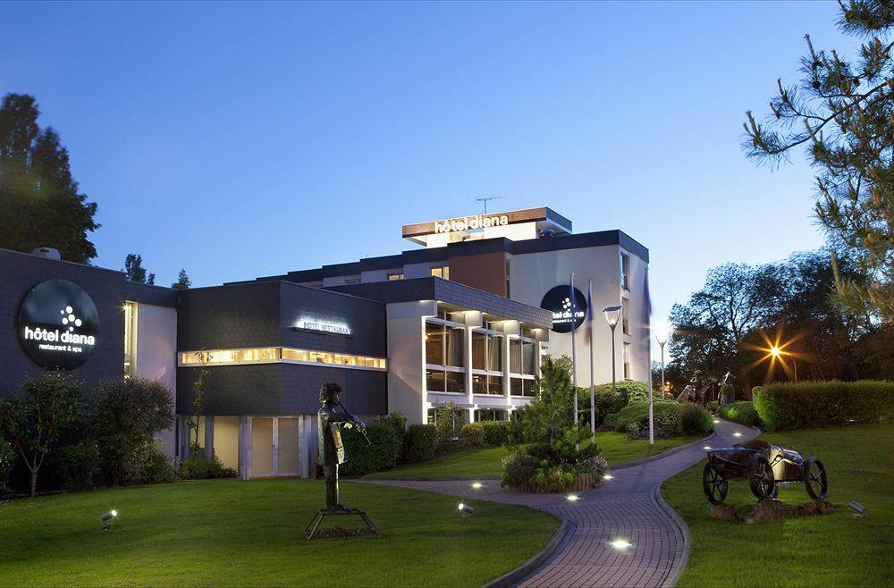 hotel le bugatti molsheim compar dans 3 agences. Black Bedroom Furniture Sets. Home Design Ideas