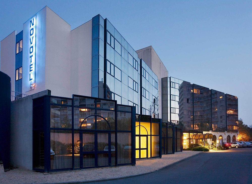 hotel novotel la rochelle centre la rochelle compar dans 4 agences. Black Bedroom Furniture Sets. Home Design Ideas
