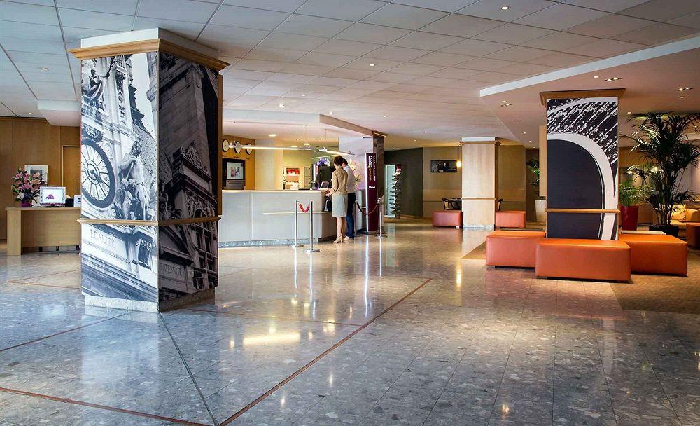 hotel novotel convention wellness roissy cdg roissy compar dans 4 agences. Black Bedroom Furniture Sets. Home Design Ideas