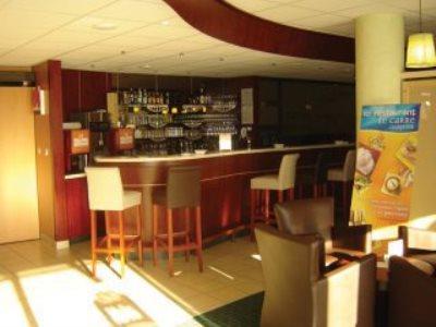 hotel ibis mulhouse bale aeroport saint louis compar dans 4 agences. Black Bedroom Furniture Sets. Home Design Ideas