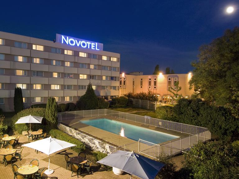 Hotel Novotel Aulnay Sous Bois à Aulnay Sous Bois comparé  ~ Agence De Voyage Aulnay Sous Bois