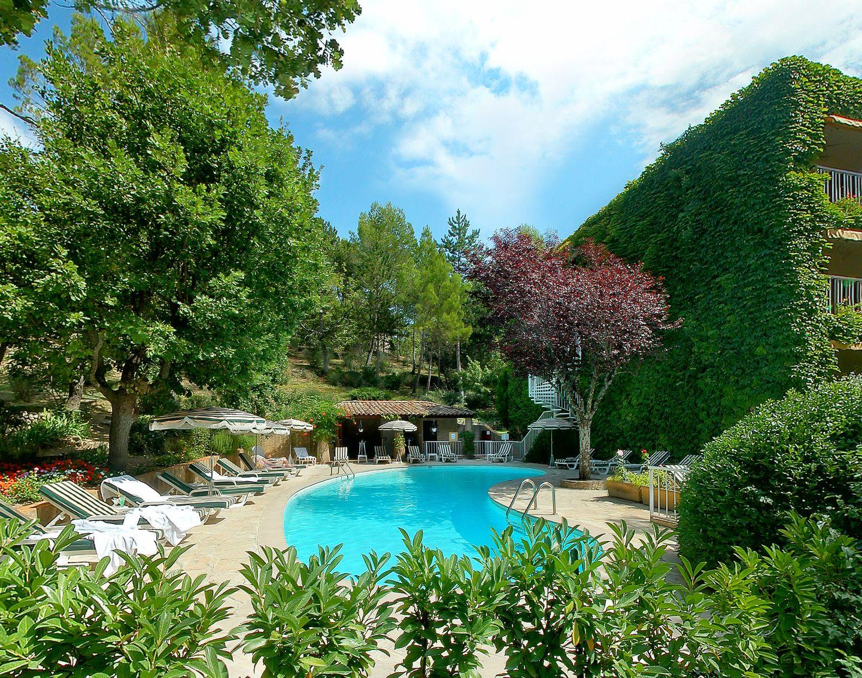 Hotel villa borghese greoux les bains compar dans 5 agences for Chaine hotel pas cher en france