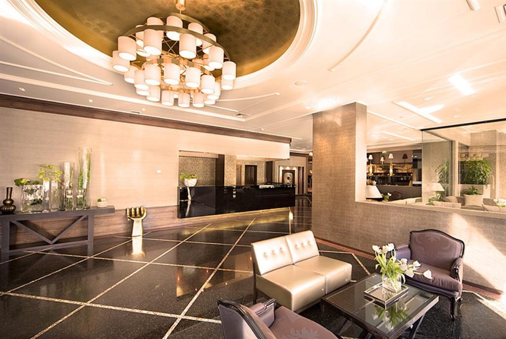 sejour portugal au d part de nantes 193 sejours trouv s sur. Black Bedroom Furniture Sets. Home Design Ideas