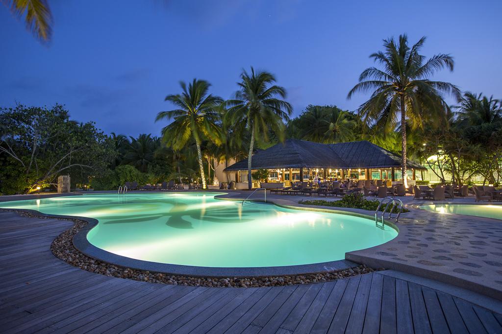 S jour dans l 39 tablissement kuredu island resort kuredu for Sejour complet maldives