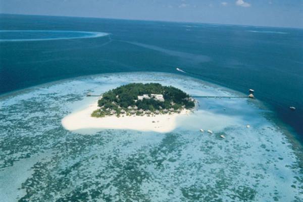S jour dans l 39 tablissement velassaru male avion 7 for Sejour complet maldives