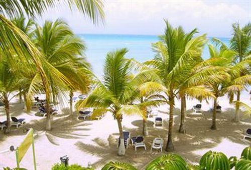 hotel canella beach. Black Bedroom Furniture Sets. Home Design Ideas
