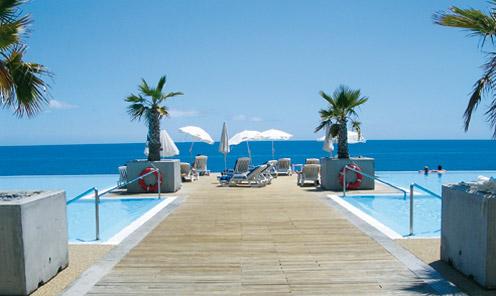 s jour dans l 39 tablissement hotel calheta beach resort calheta avion 3 nuits tout compris. Black Bedroom Furniture Sets. Home Design Ideas