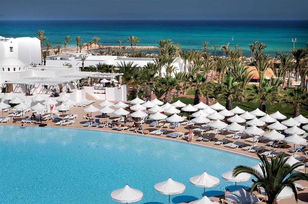 S 233 Jour Dans L 233 Tablissement Hotel Meninx 224 Djerba Avion