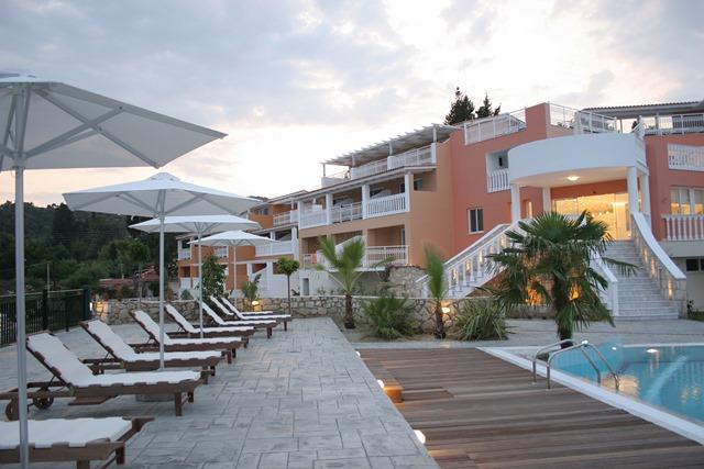 S jour dans l 39 tablissement belair beach hotel ixia for Hotel demi pension