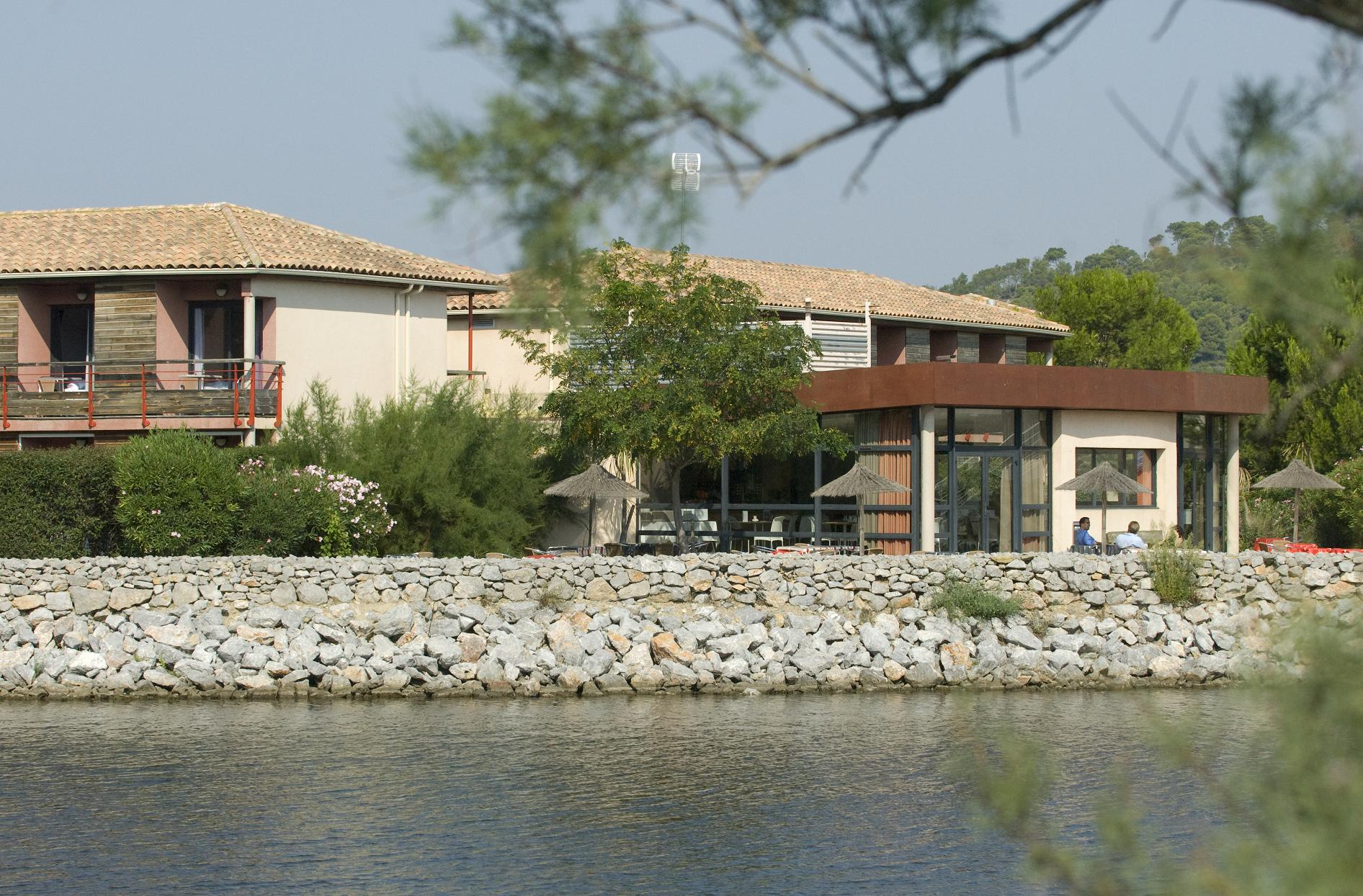 Marvelous Hotel Port Beach Gruissan Artwork Kvazarinfo - Hotel port beach gruissan