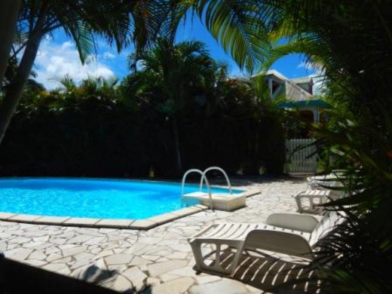 Vacances en guadeloupe 531 vols 2 semaines en - Bungalow guadeloupe piscine privee ...